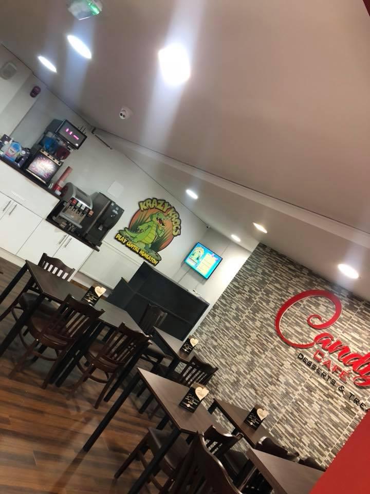 Candys Cafe & Desserts